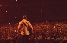 Arctic Monkeys documenta en video su gira por Sudamérica