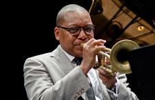 Wynton Marsalis ofreció clínica de jazz con jóvenes músicos morelenses