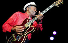 ¡El ícono del Rock and Roll, Chuck Berry regresa!